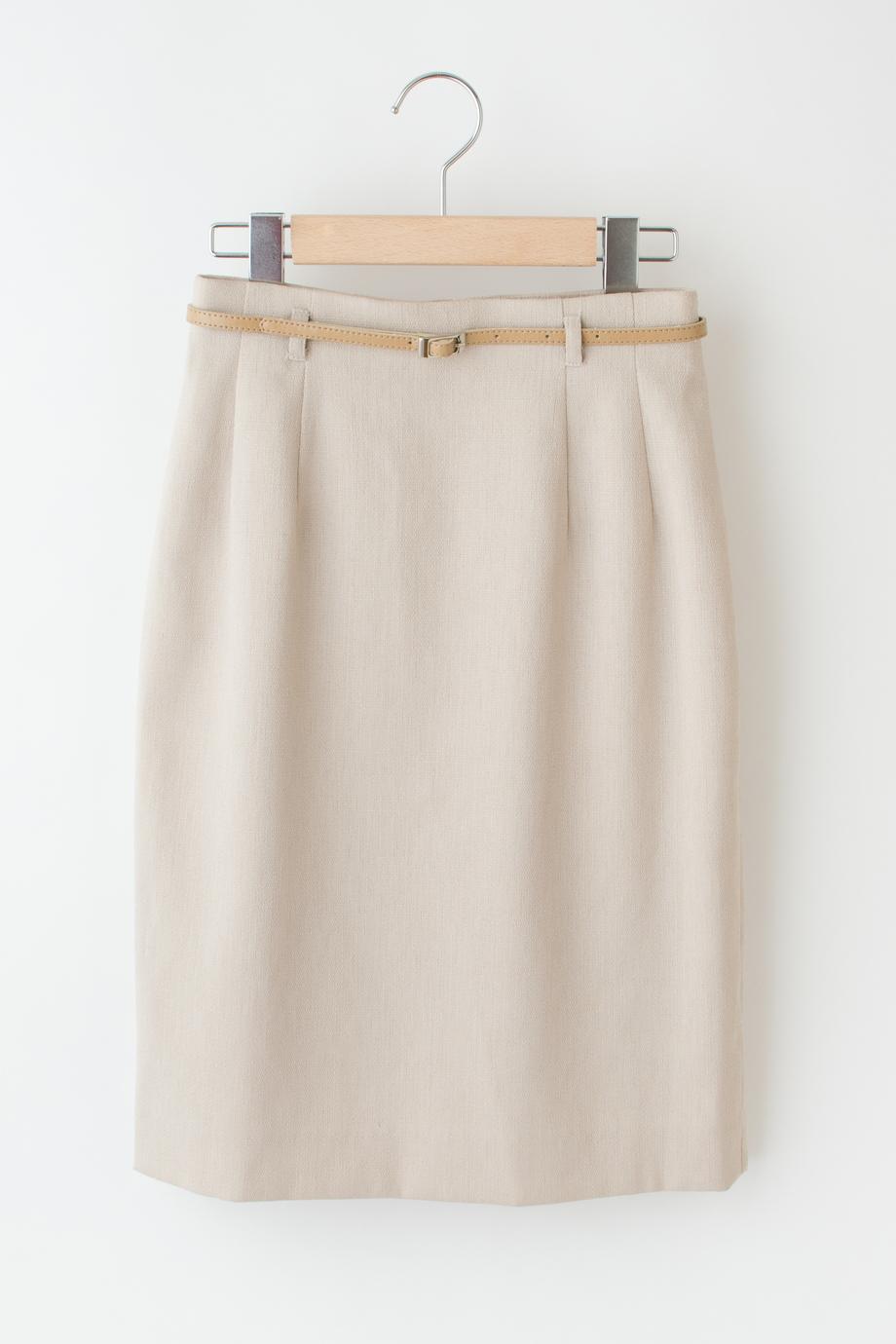 スカート吊るし撮り元画像